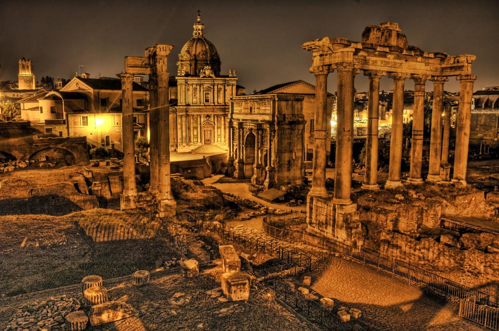 roman empire history essay