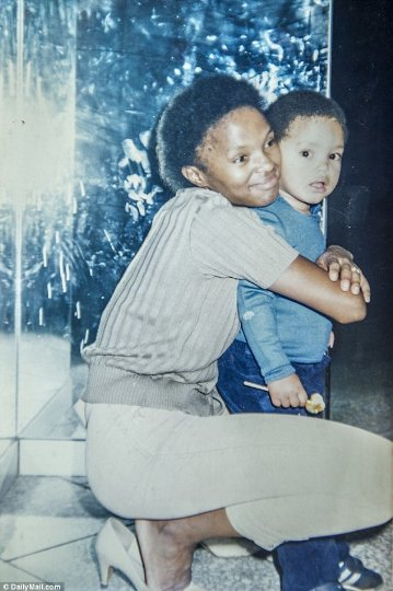 born-a-crime-trevor-noah-and-mother
